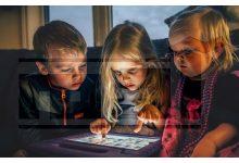 أطفال , هاتف محمول , شبكات الانترنت